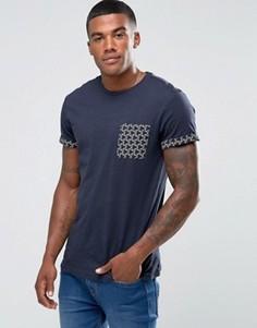Темно-синяя футболка с геометрическим принтом на кармане New Look - Темно-синий