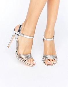 Легкие босоножки на каблуке цвета металлик New Look - Серебряный