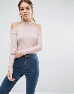Трикотажный джемпер в рубчик с открытыми плечами New Look - Розовый