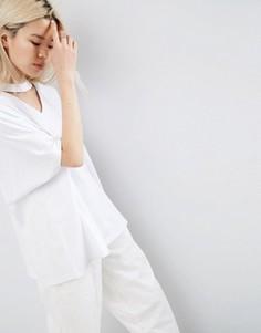 Oversize-футболка с V-образным вырезом ASOS WHITE - Белый