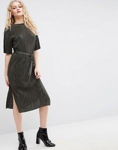 Плиссированное платье миди с завязывающимся поясом ASOS - Зеленый