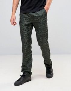 Прямые брюки с камуфляжным принтом ASOS - Зеленый