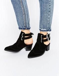 Кожаные ботинки в стиле вестерн ASOS RIVA - Черный