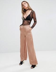 Брюки с завышенной талией и широкими штанинами Glamorous - Медный