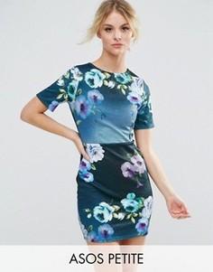 Платье-футболка мини с цветочным принтом ASOS PETITE - Мульти