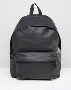 Черный кожаный рюкзак Eastpak PakR - Черный