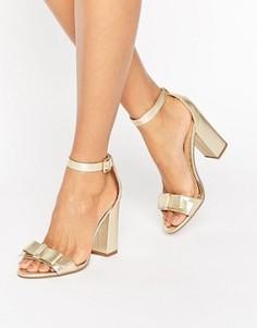Золотистые сандалии на каблуке с бантиком Miss KG Flounce - Золотой