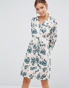 Платье с длинными рукавами и принтом Closet Blu - Кремовый