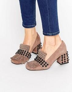 Замшевые туфли на каблуке с отделкой Jeffrey Campbell Bernice Kiltie - Бежевый