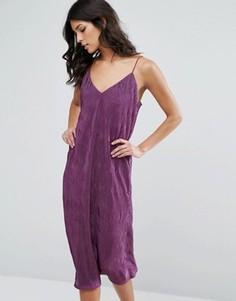 Платье миди из люрекса на бретельках Club L - Фиолетовый