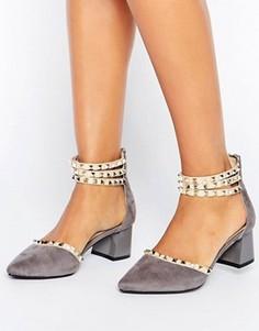 Туфли на среднем каблуке с ремешками и заклепками Daisy Street - Серый