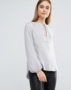 Блузка со вставкой и завязкой спереди AX Paris - Серебряный
