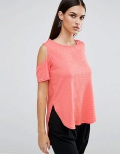 Топ с вырезами на плечах AX Paris - Розовый