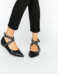 Туфли на плоской подошве с заостренным носком и люверсами Daisy Street - Черный