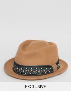 Фетровая шляпа с геометрическим узором на ленте Reclaimed Vintage - Коричневый