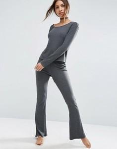Зауженные брюки в рубчик с клешем ASOS LOUNGE - Серый