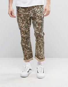 Прямые укороченные брюки с камуфляжным принтом ASOS - Коричневый