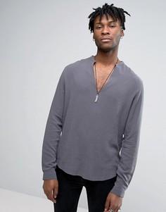 Темно-серая вискозная рубашка классического кроя с V-образным вырезом ASOS - Серый