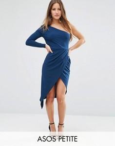 Платье миди из крепа на одно плечо с запахом ASOS PETITE - Синий