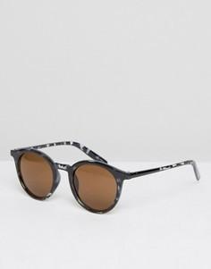 Круглые солнцезащитные очки в черной черепаховой оправе Quay - Черный