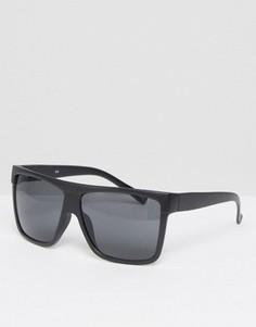Солнцезащитные очки в черной матовой оправе с плоским верхом Quay Flatbrow - Черный