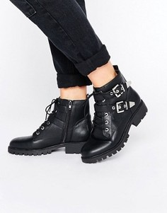 Ботинки в байкерском стиле с металлической отделкой London Rebel - Черный