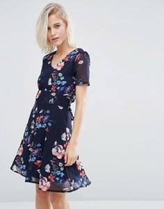 Чайное платье с цветочным принтом Yumi - Темно-синий