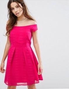 Короткое приталенное платье с короткими рукавами Little Mistress - Розовый