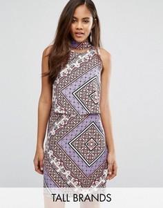 Платье с вырезом сзади и платочным принтом Influence Tall - Мульти