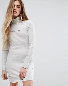 Платье мини с высокой горловиной, потертостями и логотипом Criminal Damage - Кремовый