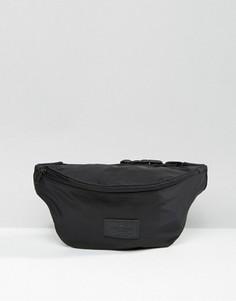 Черная сумка-кошелек на пояс с эффектом атласа ASOS - Черный