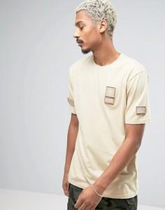Бежевая футболка с нашивками в стиле милитари Dxpe Chef - Бежевый