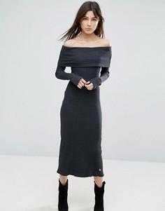 Платье макси с открытыми плечами и длинными рукавами NYTT - Черный