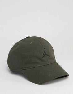 Зеленая кепка Nike Jordan H86 847143-355 - Зеленый