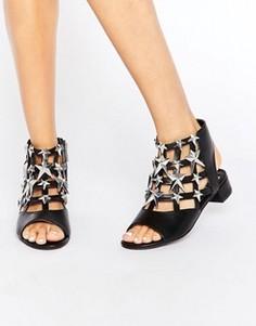 Черно-серебристые сандалии со звездами Eeight Gisele - Черный
