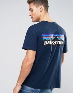 Темно-синяя футболка классического кроя с логотипом на спине Patagonia P-6 - Темно-синий