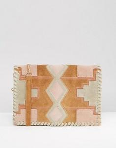 Замшевая сумка через плечо в стиле пэчворк ASOS - Мульти