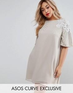Свободное платье с шелковой вышивкой и отделкой ASOS CURVE - Серый