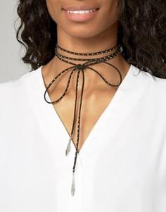 Ожерелье-чокер с заклепками ASOS - Черный