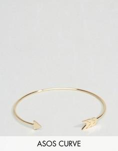 Гладкий браслет-манжета в виде стрелы ASOS CURVE - Золотой