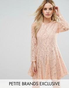 Кружевное приталенное платье для выпускного John Zack Petite - Розовый