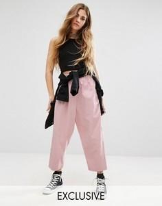 Вельветовые брюки с высокой талией и заниженным шаговым швом Reclaimed Vintage - Розовый
