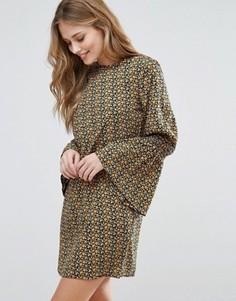 Цельнокройное платье с присборенными рукавами Influence - Мульти