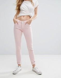 Зауженные джинсы с классической талией Lee Scarlett - Розовый