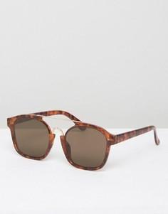 Солнцезащитные очки в черепаховой оправе ASOS Navigator - Коричневый
