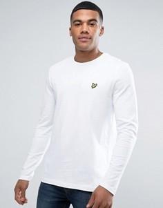 Белый лонгслив классического кроя с логотипом-орлом Lyle & Scott - Белый