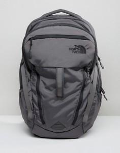 Серый рюкзак The North Face Surge - Серый