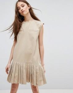 Платье с плиссированным подолом Weekday - Кремовый