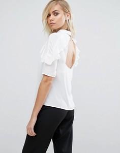 Рубашка с оборками и открытой спиной Fashion Union - Белый