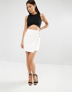 Мини-юбка с ремешками в стиле милитари Lavish Alice - Белый